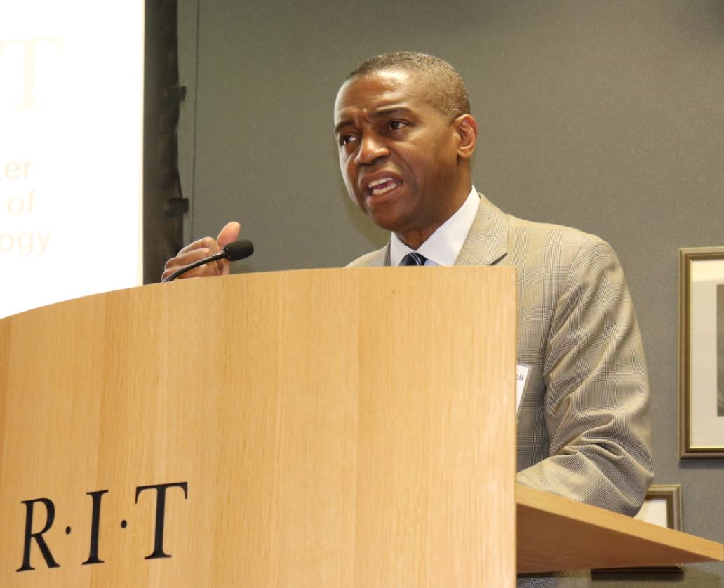 Dr. Bushell Delivers Remarks at MWBE/SDVOB Networking Event at RIT.